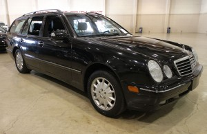 2001 Mercedes E320 Black