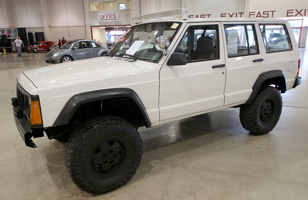 1996 Jeep Cherokee White
