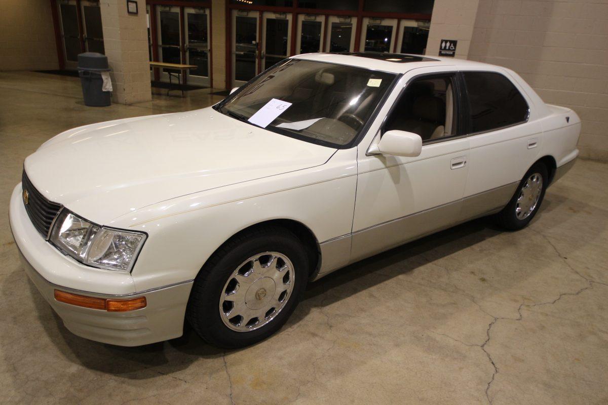 1996 Lexus 1500