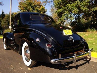 1940 Ford 2 door 5 window Coupe
