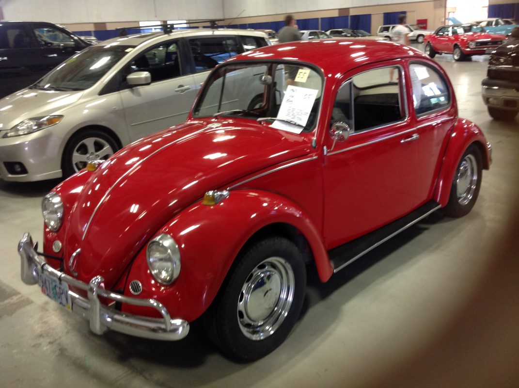 1967 VW Beetle    Red