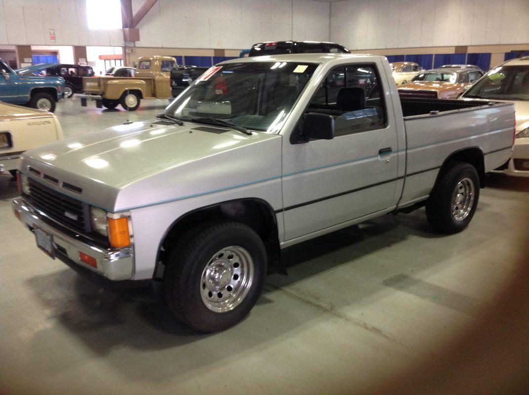 1987 Nissan Pickup