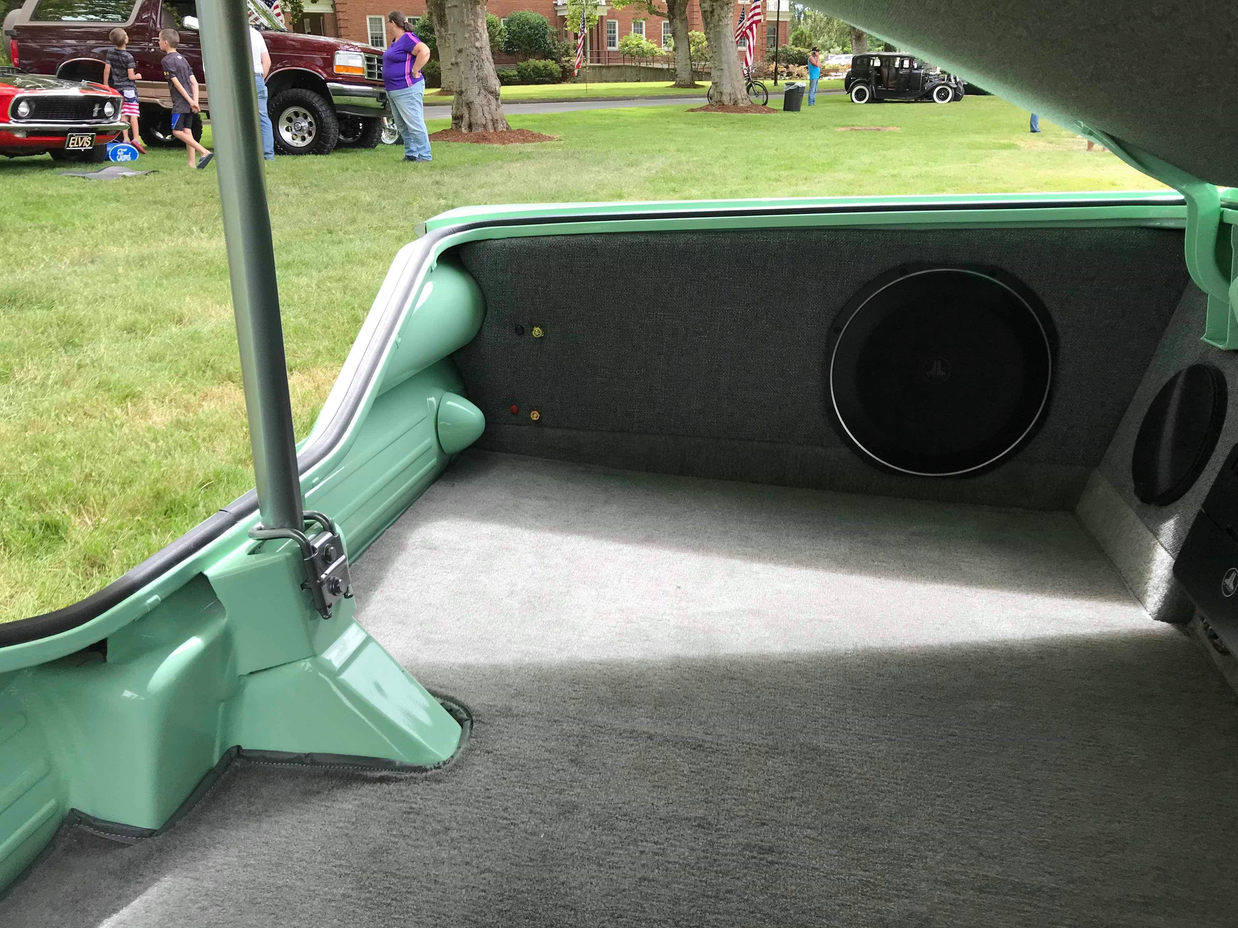 1960 Chevrolet Biscayne Green