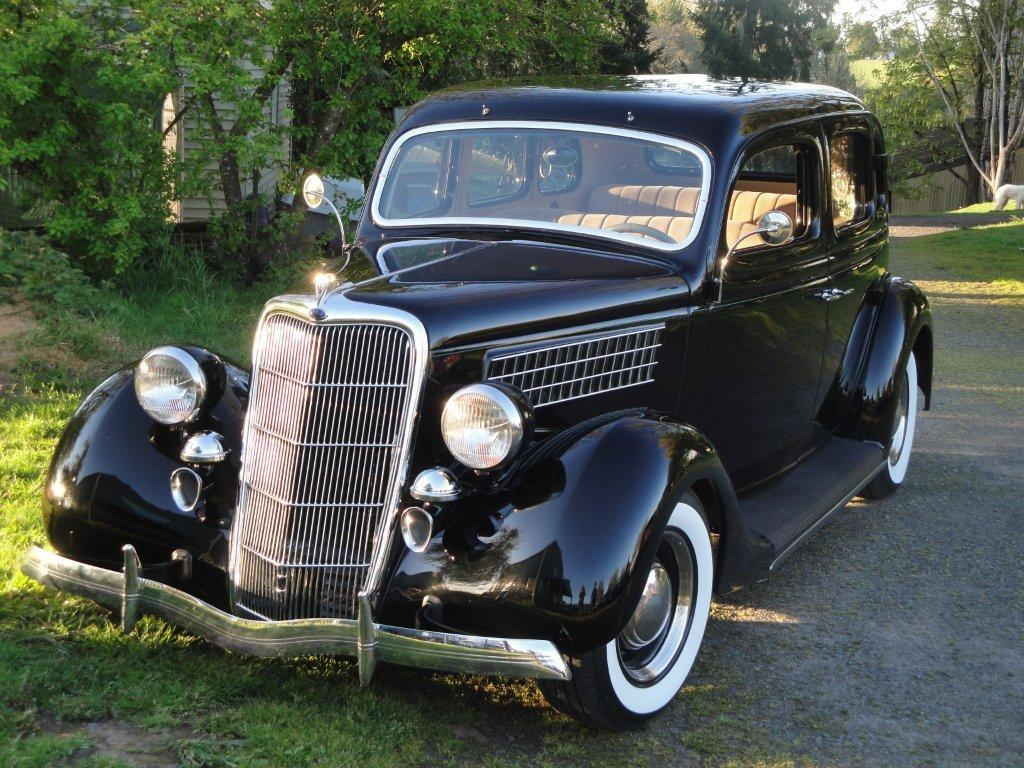 1935 Ford  Street Rod  4 door Black