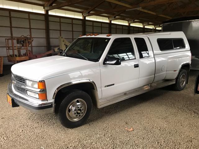 1996 Chevrolet 3500 Dually White